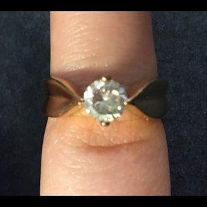 Jewelry - Good CZ fashion Ring.